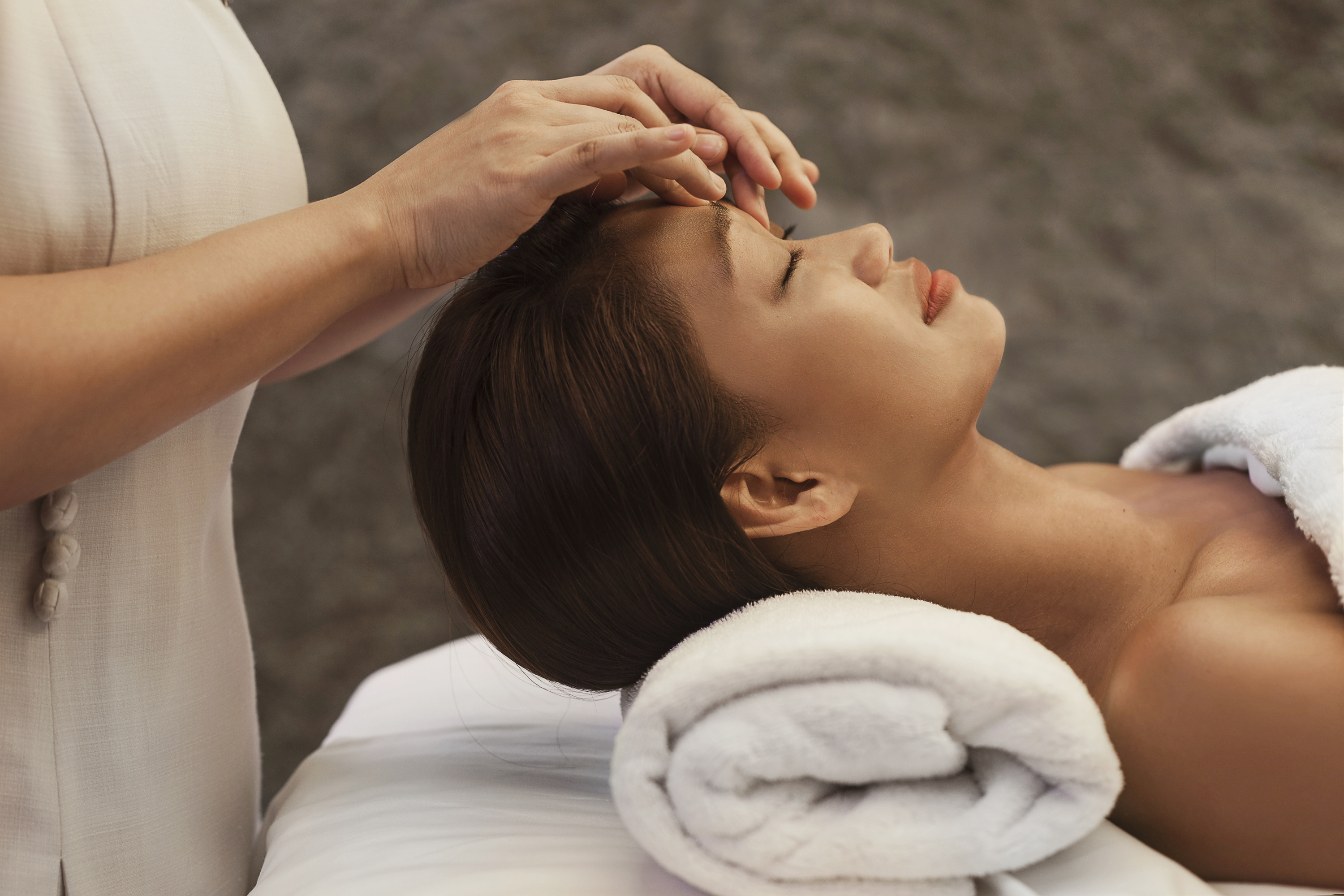 Facial massage for oily skin possible